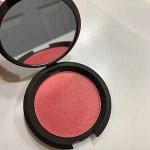 BECCA Luminous Blush in Snapdragon 6g